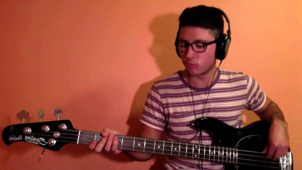 bass cover green day