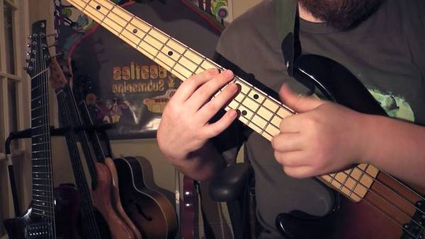 bass tabs to californication