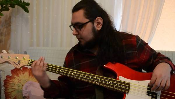 bass tab easy song